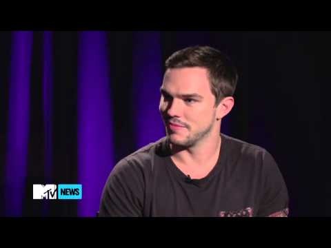 Nicholas Hoult talks about working with Kristen