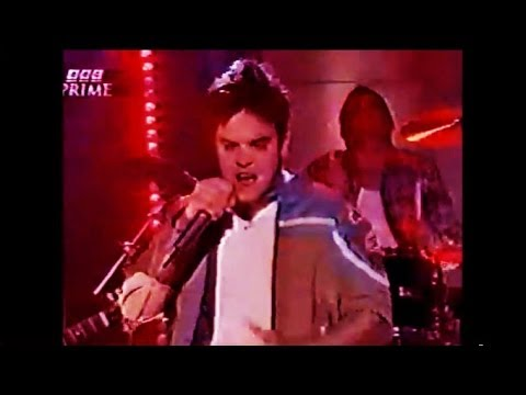 Robbie Williams - Freedom (Top Of The Pops - 1996)