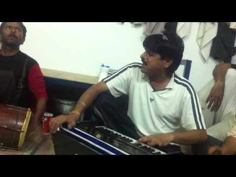 Rajasthani Bhajan In Bahrain By Chandu Lal & Gajanad Ji video