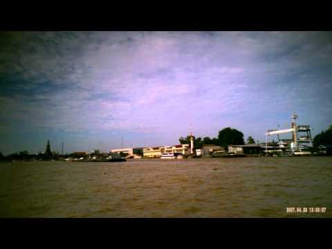 高画質 小型ビデオカメラ Chao Phraya River Bangkok 渡し舟
