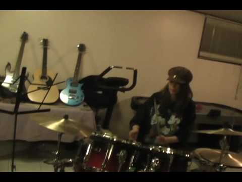 Brenda Lynn Playing Drums Video
