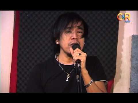 download lagu Eksklusif : Ingin Tahu Wajah Ian Kasela Tanpa Kacamata Hitam ? gratis