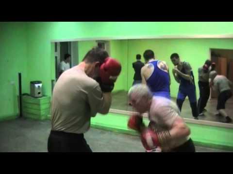 Бокс. Отработка, с живота на голову. | Boxing. Testing, belly down.