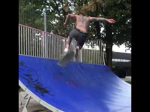 Watching @codymcentire skate a mini ramp is awe-inspiring | Shralpin Skateboarding