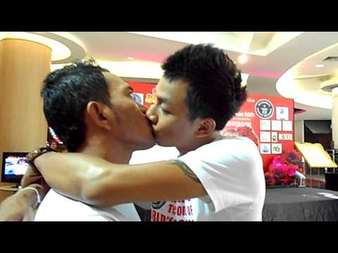 World's Longest Continuous Kiss