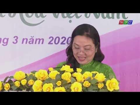 Hội LHPN xã Nhơn Ái huyện Phong Điền may và cấp phát khẩu trang vải miễn phí