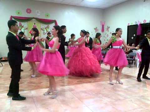 Abalat vals de las mariposas 15 a os esther youtube for Decoracion de pared para quinceanera
