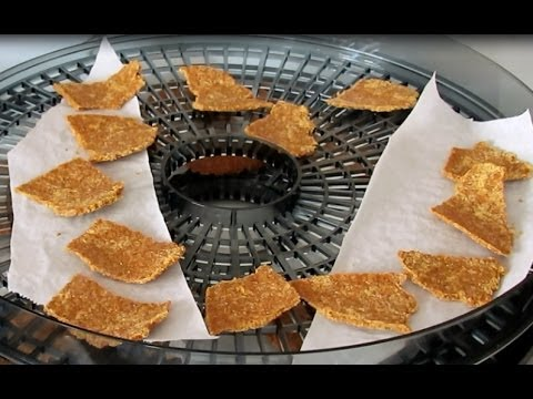 Raw Vegan Carrot Flax Crackers (Gluten-free)