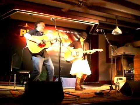 Corinne West&Kelly Joe Phelps @ ROTR Festival 2010 - Lily Ann