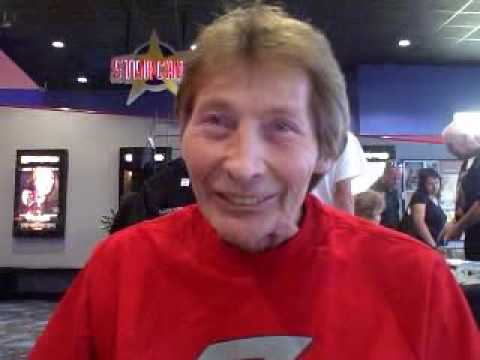 Robert Axelrod (actor) suit actor on the show