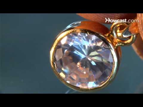 Mit einem Diamanten aus Asche jede Seite  des Wesens verwahren.