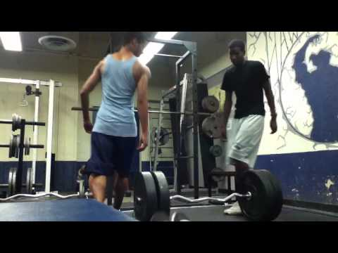 205 Pound Shrugs ( Weight Training ) Image 1