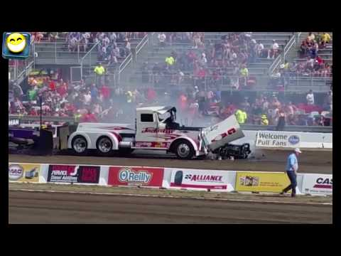World's Top Tractor pulling fails☺ Must watch
