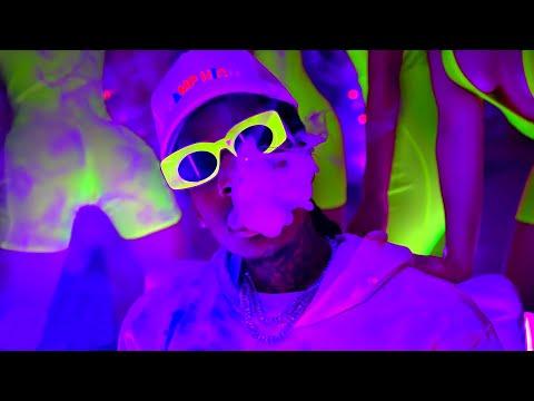 Download Lagu Snoop Dogg & Wiz Khalifa, Snow Tha Product - Gang Gang.mp3