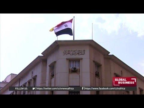 Egyptian pound weakens to record lows vs dollar on balck market