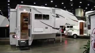 Chalet TS116 Triple Slide Truck Camper