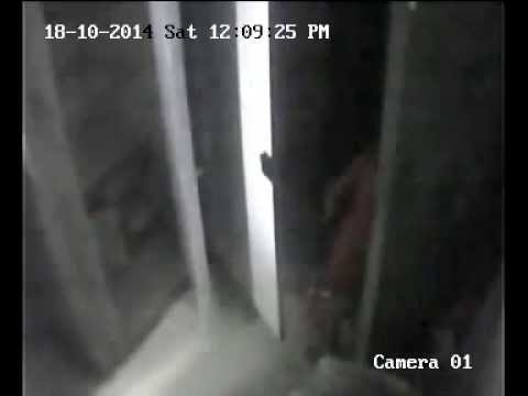 12yr old girl caught on cctv while stealing gold ornaments | MPC News | Pune | Pimpri-Chinchwad