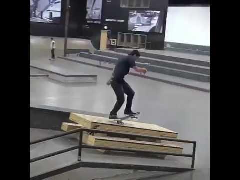 Buttery @mark_appleyard throwing down at the @berrics 🎥: @chaseingabor   Shralpin Skateboarding