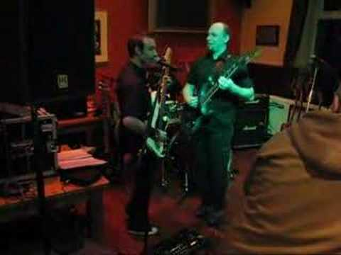 Bad Dobby - Chelsea Dagger live at The Walnut Tree