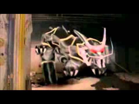 Review (17) Kamen Rider Ryuki VS Kamen Rider Ryuga Debut