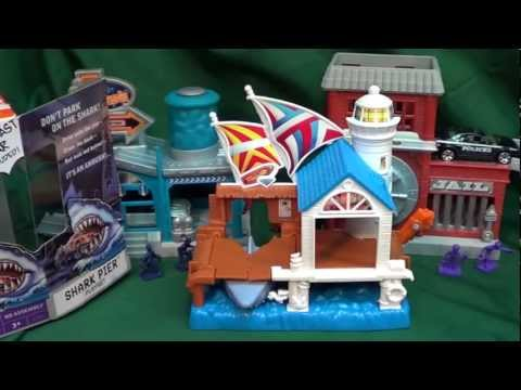 Matchbox Shark Pier Mini Playset
