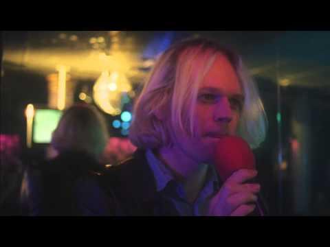 Connan Mockasin - Do I Make You Feel Shy? (Official Video)