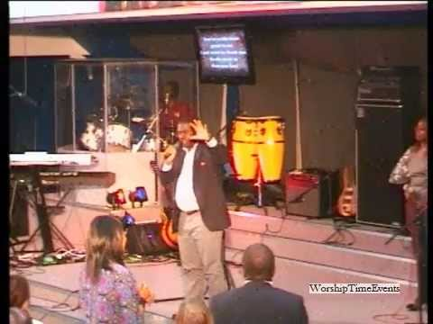 Pastor Wale Adenuga At Lost In His Presence, Colchester 18 May 2013 video