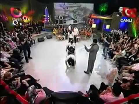 رقص تركي احلا رقصه عندي ارقصها دايما من مثلي ❤😅 thumbnail