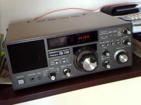Yaesu FRG-7700 CQ DX listening on 20 meters
