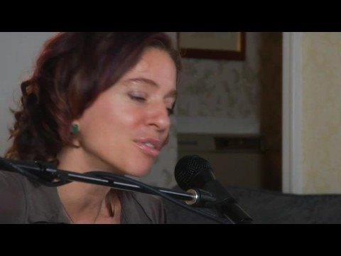 Ani DiFranco Unplugged: A Billboard Exclusive