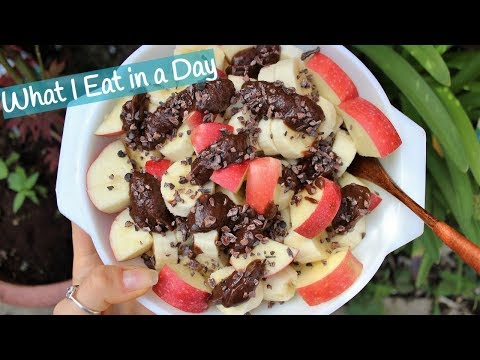 WHAT I EAT IN A DAY | Calories Included (Raw Vegan Cleanse Day 12) thumbnail