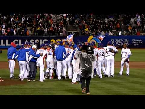 Last out and Dominican Republic win World Baseball Classic 2013