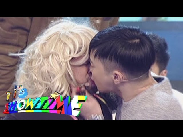 Billy and Ryan Performance | It's Showtime Magpasikat 2016