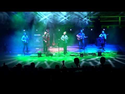 Yonder Mountain String Band - full show - Red Rocks Amphi. 8-21-15 Morrison, CO HD triipod