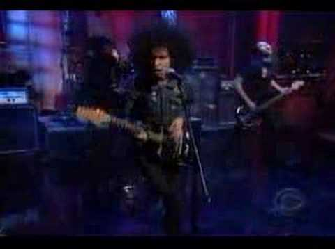 At the Drive-In - &quot;One-Armed Scissor&quot; LIVE on the Late Show