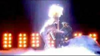 Lady GaGa - Brit Awards 2010 (Telephone & Dance In The Dark)