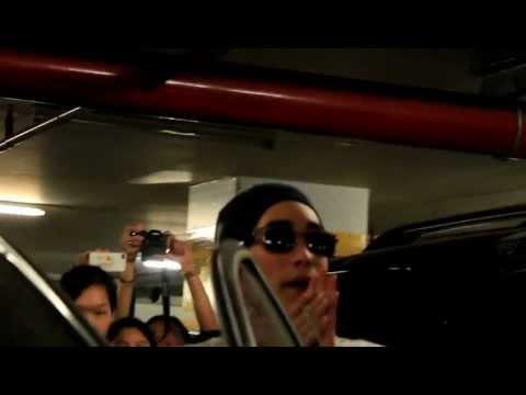 130118 Nadech & Yaya at ' Truemove-H ' Siam Paragon [Parking]