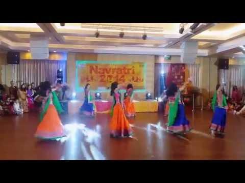 Navratri 2014 Performance - Shubharambh Lahu Munh Lag Gaya &...