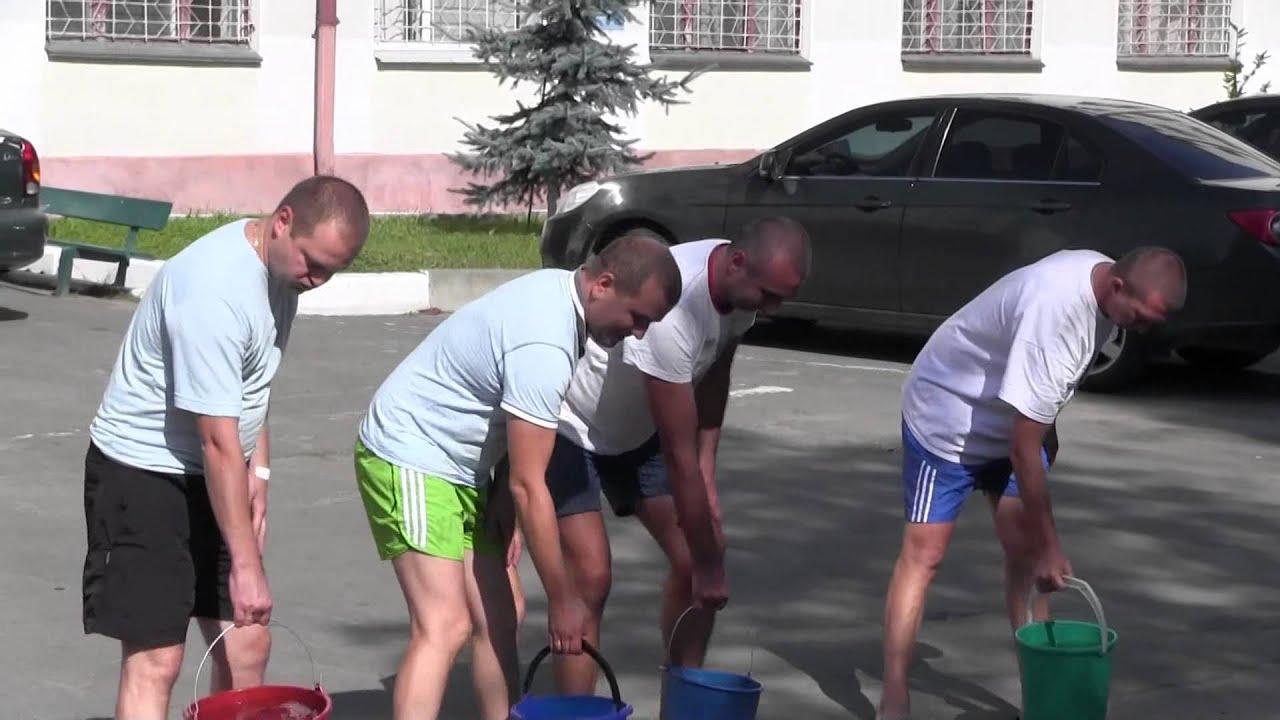 Головний міліціонер Калуша разом із підлеглими взяв участь в Ice bucket challenge
