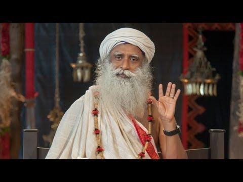 போலி சாமியாரைத் தவிர்ப்பது எப்படி? How To Avoid Fake Gurus? - Sadhguru Tamil Video