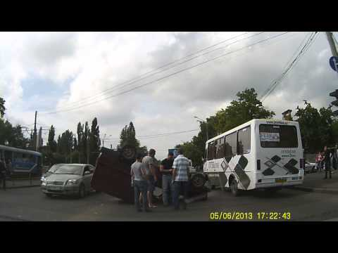ДТП в Одессе на водопроводной возле красного креста 05.06.2013