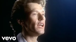 Watch Steve Winwood Valerie video