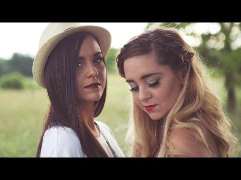 Megan And Liz - Country Song