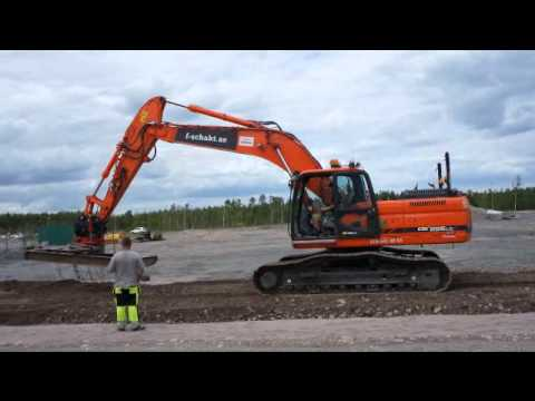 Doosan DX 255Lc With Grading Attachment/Avjämningsbalk & Dynapac Roller