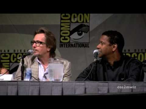 Denzel Washington, Gary Oldman ~ THE BOOK OF ELI ~ SD Comic Con '09