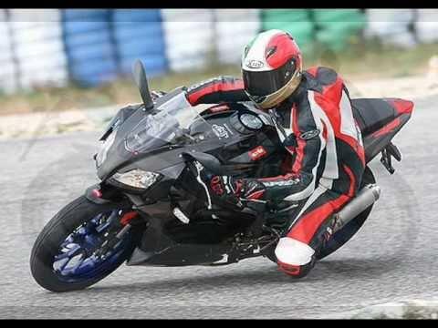 foto di scooter moto ed auto