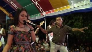 Vita Alvia-Kepaling (Wedding Agus & Ayik, 10 Mei 2017)