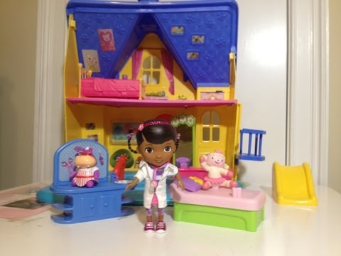 Disney Junior Doc McStuffins The Doc is in Clinic with Lambie + Hallie Disney Jr Toys