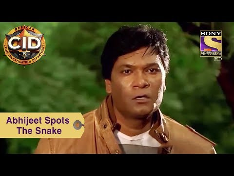 Your Favorite Character | Abhijeet Spots The Snake | CID thumbnail