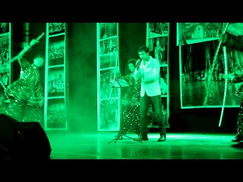 Mor Bani Thangat Kare Live Performance By Vicky Ambhore video